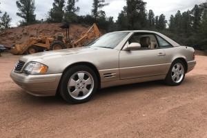 2000 Mercedes Benz SL500 mit 19.158 Meilen (30.785km)